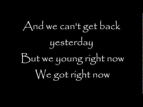Baixar Rihanna - Right Now Feat. David Guetta Lyrics video