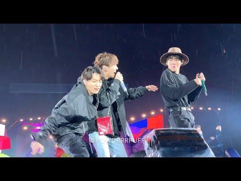 190512 - Anpanman - BTS 방탄소년단 - Speak Yourself Tour - Soldier Field D2 IN THE RAIN - HD FANCAM