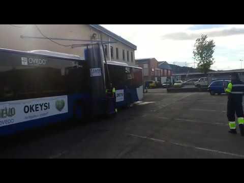 Máquina de lavado de autobuses en La Ciudad de Oviedo