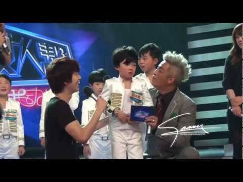 SJ-M HBSTV Donghae consoling a kid with kisses and Kyuhyun dance together [Fan Cam]  130126