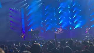 Panic! at the Disco - Bohemian Rhapsody 01.13.19 (speakers fail midway through song @ 3:45)