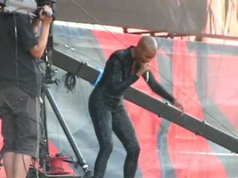 Skunk Anansie - Over the love (Sziget 2011)