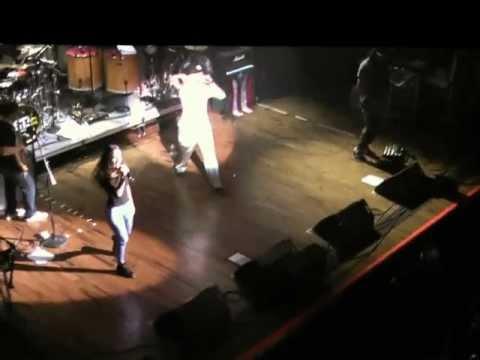 Calle 13 - simpre digo lo que pienso (en vivo)