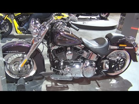 @HarleyDavidson Softail Deluxe FLSTN (2017) Exterior and Interior in 3D