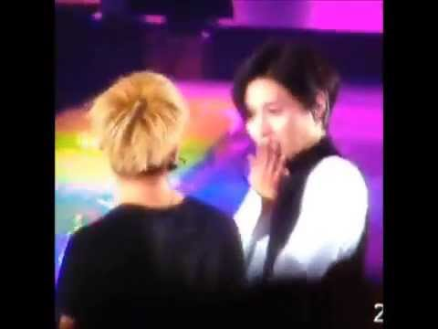 140601 Taemin dancing with Jonghyun and being shy