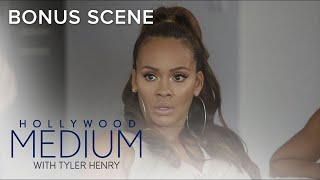 Tyler Henry Connects Evelyn Lozada With Late Father Figure | Hollywood Medium with Tyler Henry | E!