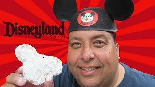 Disneyland® Food Reviews  | Mickey Mouse Beignets!