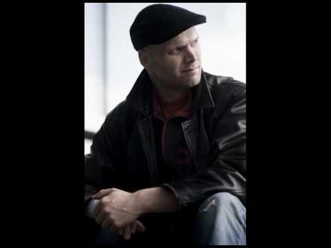 Ties Mellema/Hans Eijsackers play Erwin Schulhoff - Hot-Sonata, mvt 2