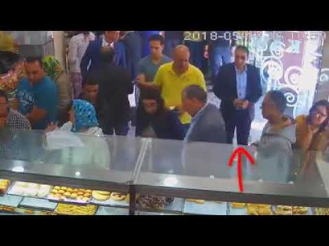 شاهد سرقة هاتف في نهار رمضان داخل مخبزة بمراكش