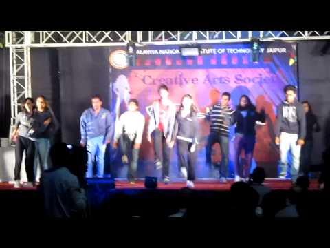 FRESHER 12 @ MNIT JAIPUR.........DANCE