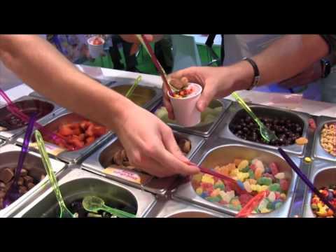Experiencia Yooglers Frozen Yogurt- Paso 2 Ponte toppings