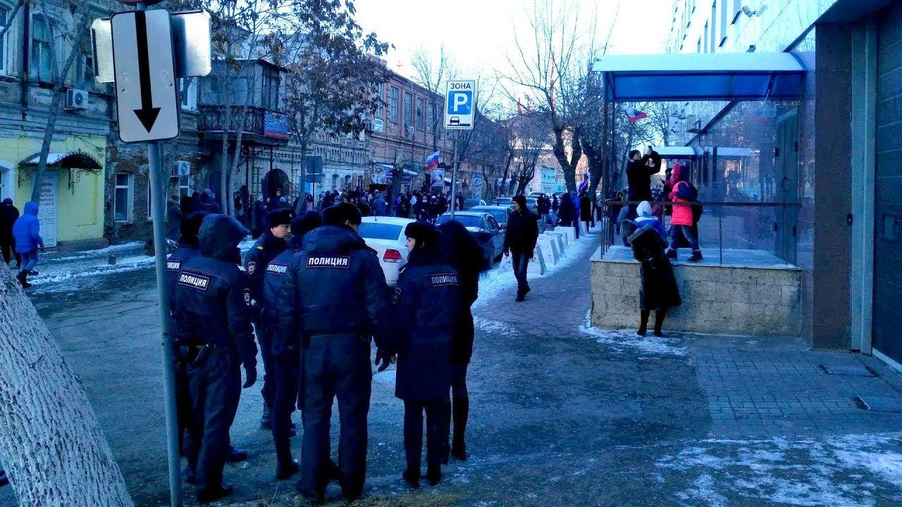 Астрахань: волонтеры Навального задержаны накануне акции