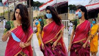 Dhee anchor Varshini Sounderajan visits Tirumala temple, v..
