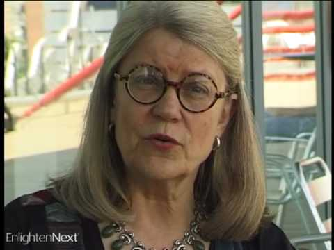 Diana Eck at the Parliament of the World's Religions - YouTube