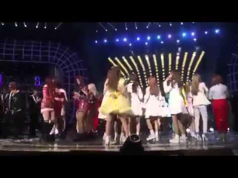 Red Velvet's Seulgi Lovelyz's Mijoo crazy dance