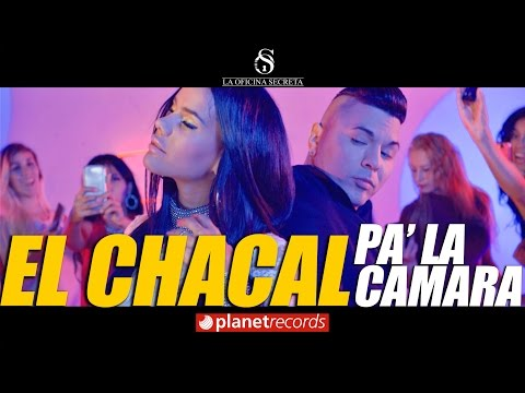 Chacal - Pa' La Cámara (Video Oficial)