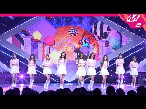 [MPD직캠] 프로미스나인 직캠 4K '다시 만난 세계(Into The New World)' (fromis_9 FanCam) | @MCOUNTDOWN_2019.01.03