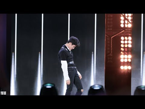 180908 KMW NCT 2018 - Black on Black (마크 Mark focus)