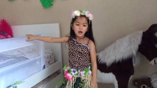 ROAR Katy Perry by Sunshine played and pretended to sing in her playland jungle.