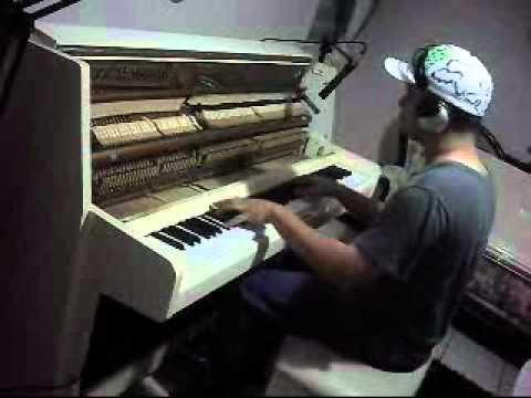 Alexis y Fido Contestame el Telefono Piano Cover by OliverPianista