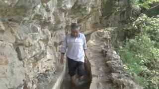 Vjerovali ili ne: 36 godina kopao 10 kilometara dug kanal oko planine zbog vode(VIDEO)