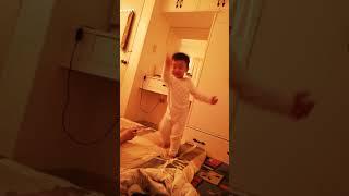 Noah's baby shark dance