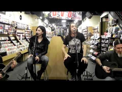 Lacuna Coil ~ Closer acoustic @ Sunrise Records