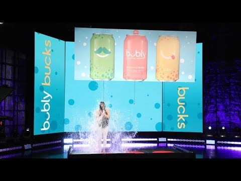 Ellen's Superfan Gets Drenched in bubly Bucks!