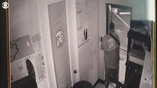 Little Caesars employee fatally shoots attacker in clown mask