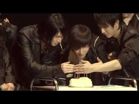 leeteuk and heechul surprise birthday party in japan