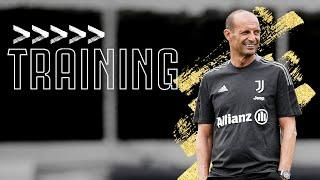 💪? Allegri takes his First Training Session of the 2021/22 Season! | Juventus