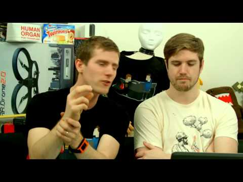 The WAN Show: R9 295 X2 Rumours, Windows 8.1 Getting BETTER - April 4th, 2014 - Smashpipe Tech