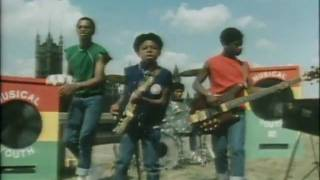 Musical Youth - Pass The Dutchie