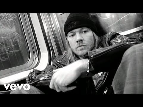 Guns N' Roses - The Garden (Official Music Video)