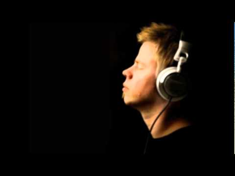 Ferry Corsten feat. Ben Hague - Ain't No Stoppin
