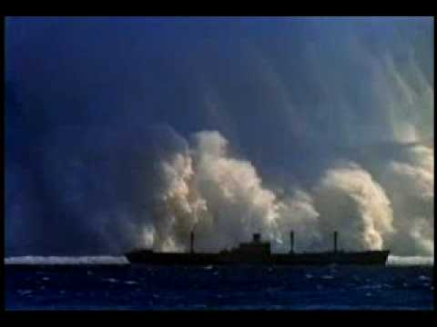 Wielkie Tsunami po wybuchu bomby