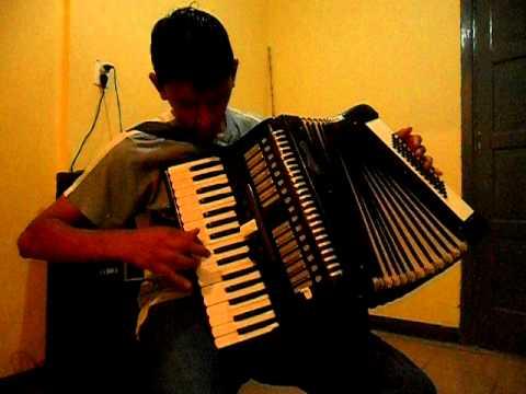 punteo de cumbia acordeon a piano