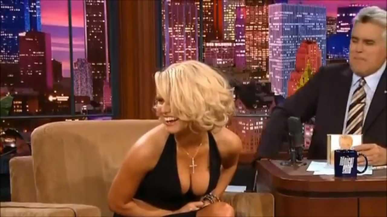 jessica simpson boob bounce