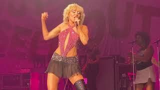 Miley Cyrus: Plastic Hearts [Live 4K] (Summerfest 2021 - Milwaukee, Wisconsin - September 17, 2021)