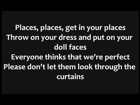 Melanie Martinez - Dollhouse Lyrics