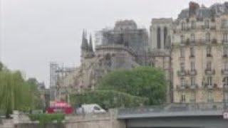 Team, experts inspect Notre Dame cathedral