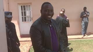 Dr Francis Habumugisha yitabye urukiko ahakana ibyaha byo gukubita no gukomeretsa umukozi we