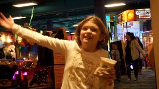 AUsome Sophie - Plays The Arcade At Kalahari Indoor Water Park