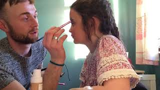Dad does my makeup 🎀💄💠