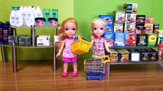 Grocery ! Elsa and Anna toddler at the store - shopping - food - supermarket - hide and seek