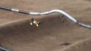 Losi Mini 8ight - KILLING It on a 1/10th Scale Track!
