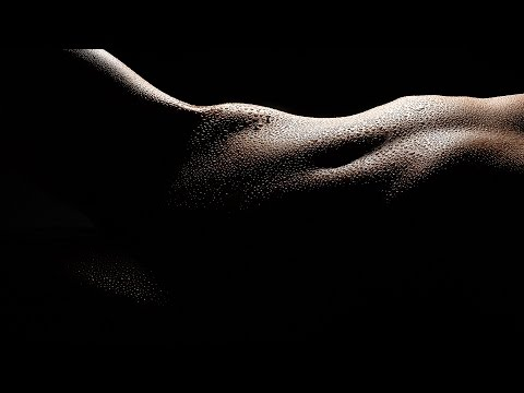High Contrast Nude Photography - How to light and shoot bodyscapes