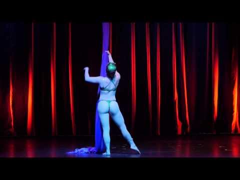 07 Emma D'Lemma - Cirque du Burlesque - Jan 2014
