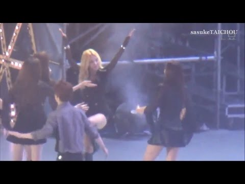 SNSD 「SMTOWN LIVE WORLD TOUR IV in SHANGHAI」 Fancam Funny Cut Edited Ver.
