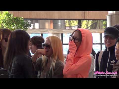 121001 소녀시대 김포공항 출국